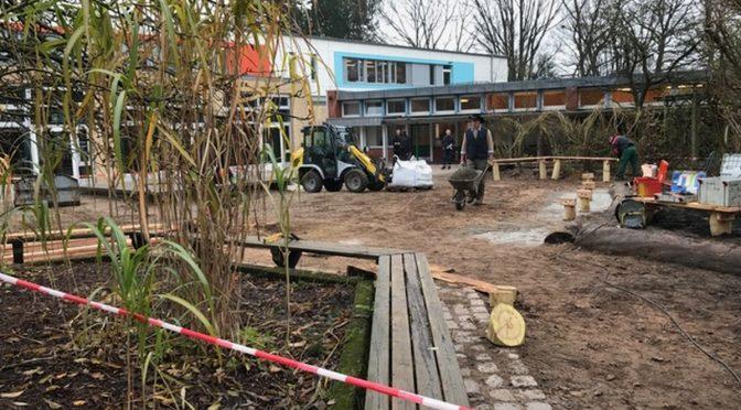 Bau eines neuen Atriums auf dem Schulhof