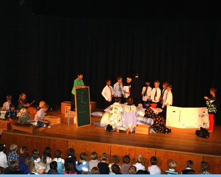 Einschulung 1. Klassen 2012