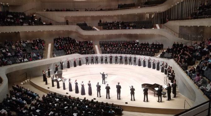 Die lange Nacht des Singens in der Elbphilharmonie